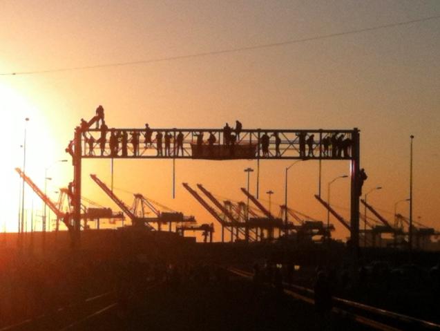 sundownimageoccupyoakland.jpg
