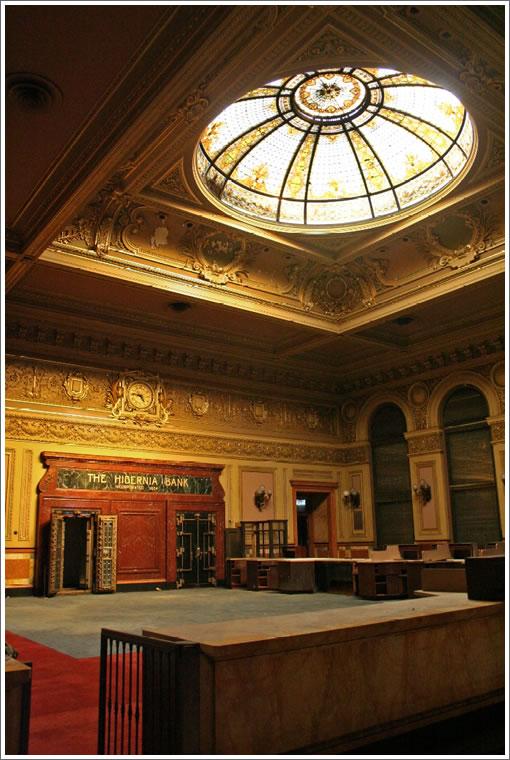 Hibernia-Bank-Inside.jpg