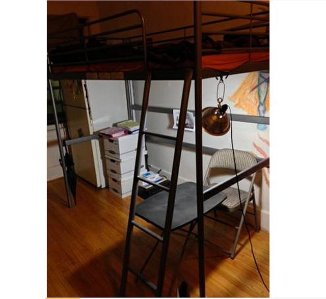 apartment-sadness-515-2.jpg