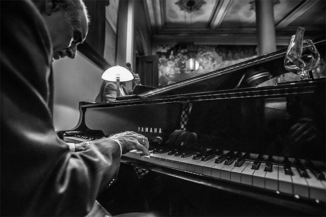 bix-piano.jpg