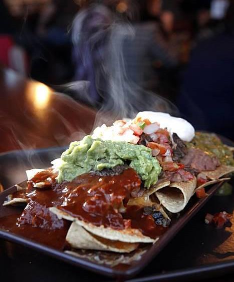 green-chile-kitchen-nachos.jpg