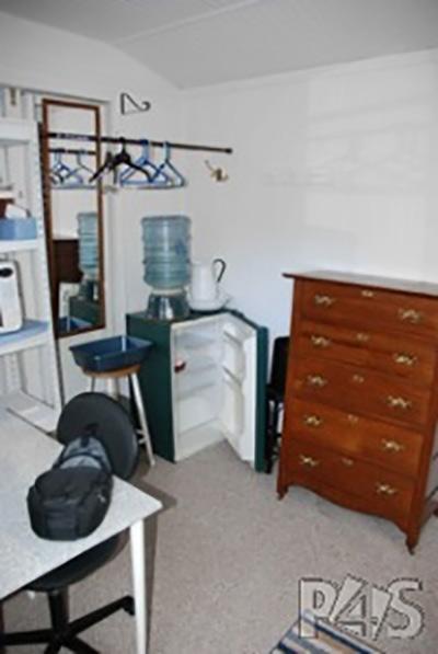 menlo-shed-2.jpg