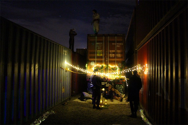nookzy-shipping-container.jpg