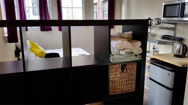 Apartment Sadness Live In A Bathroom Above A Korean