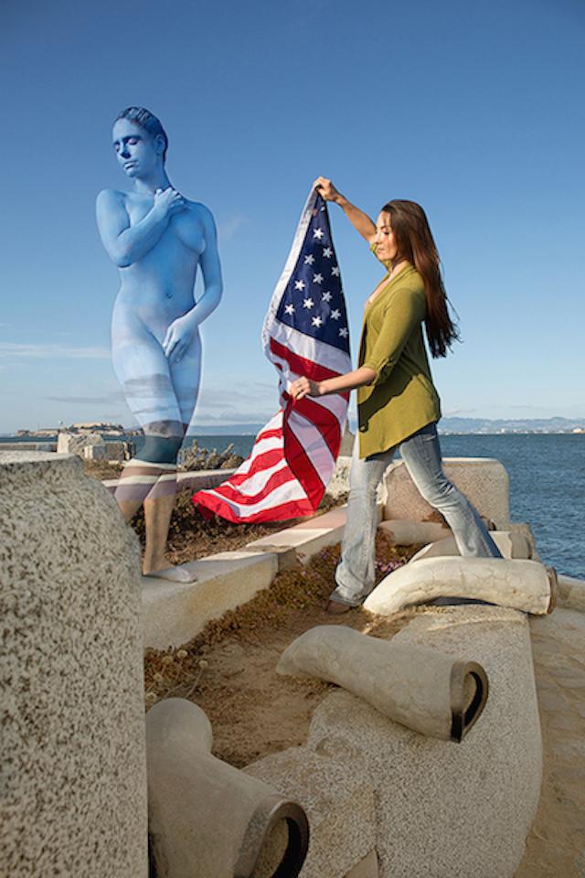 Alcatraz_-Body-Jail_Wave-Organ_San-Francisco_Boticelli_Venus_Bodypaint_Camouflage_Body-Art_Trina-Merry_Web.jpg