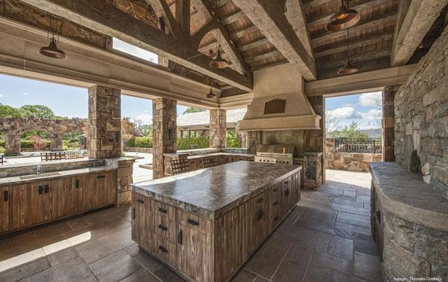 Fieldhaven-Estate-Outdoor-Kitchen.jpg