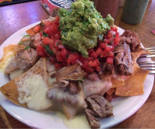 pork_nachos_underdogs.jpg
