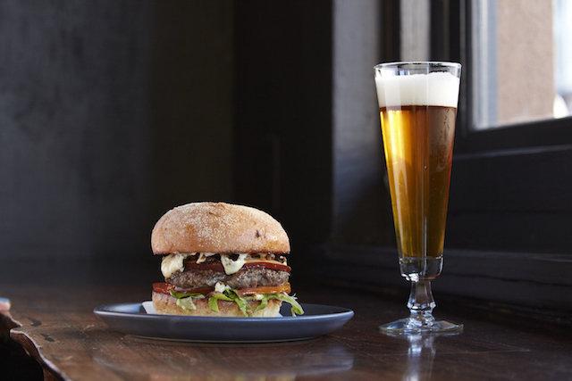 mezcalito_burger.jpg