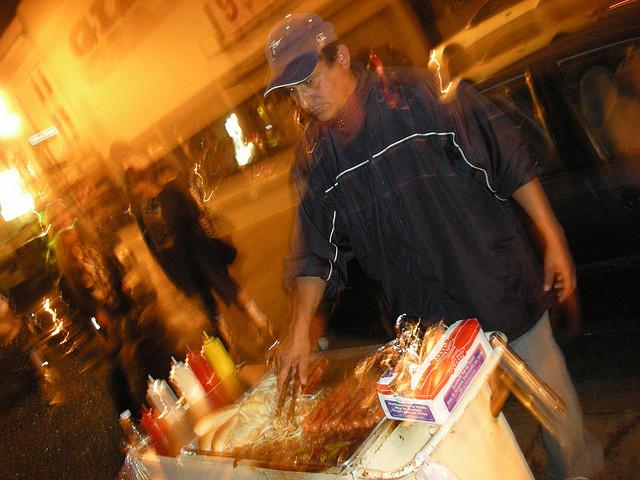 hotdog_vendor.jpg