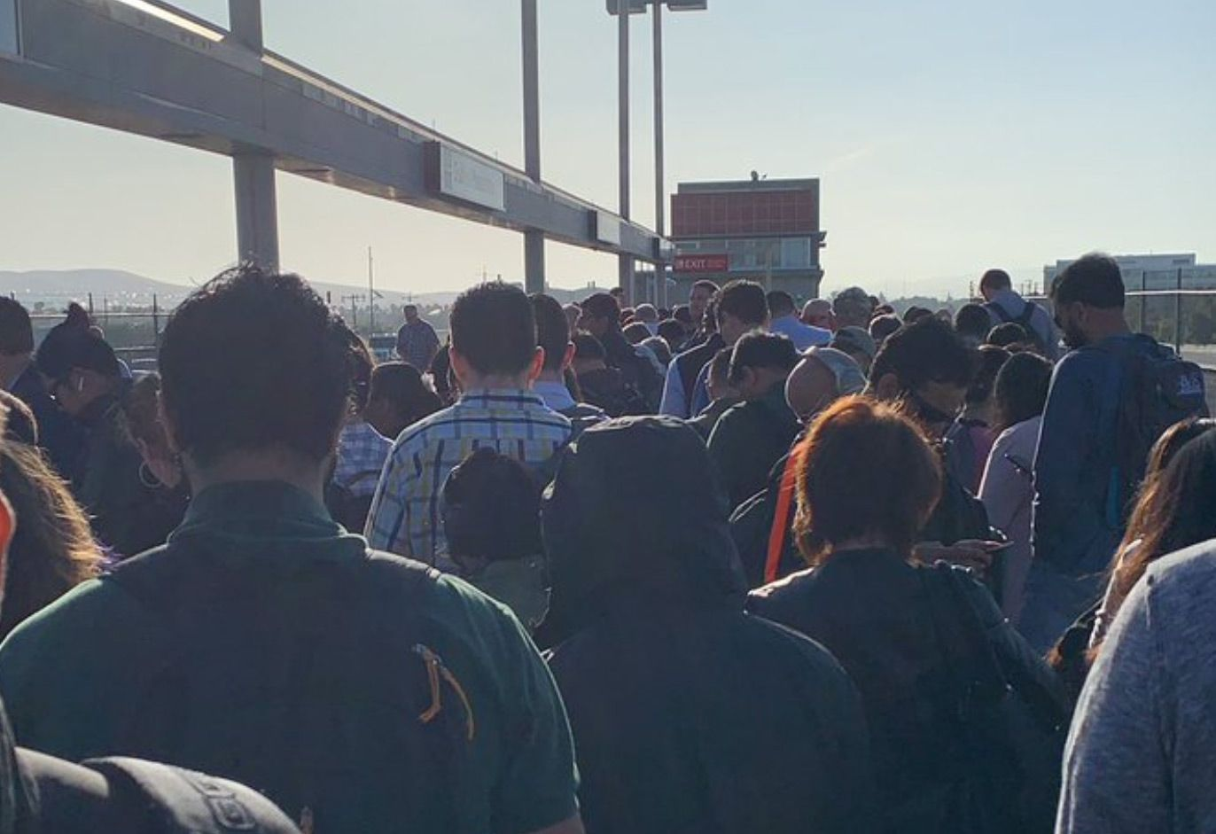 Man In Tracks At Montgomery Station Causes Huge Mid-Morning BART Delay