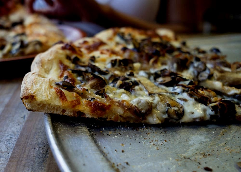 Best Pizza in East Bay: Nick's Pizza and Bakery