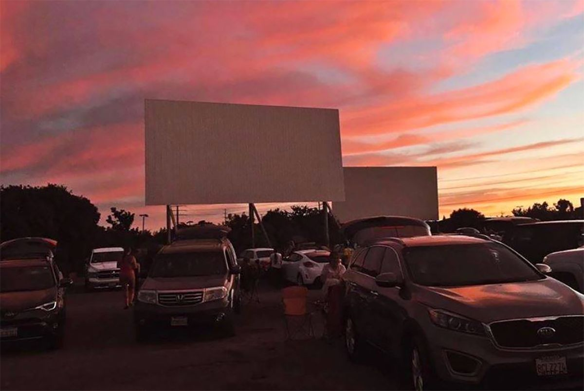 Bay Area S Drive In Movie Theaters Reopen For Business Nostalgic Fun