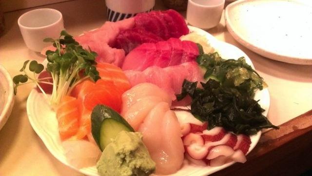 tekka-sashimi-combo.jpg
