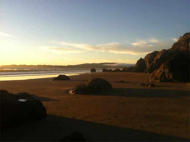 red-rock-beach.jpg