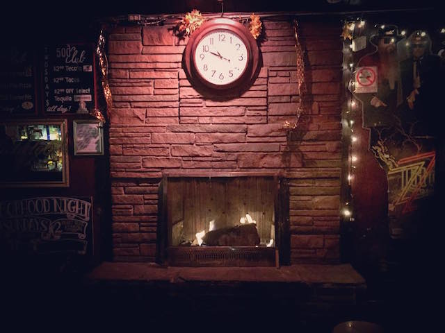 500_club_fireplace.jpg